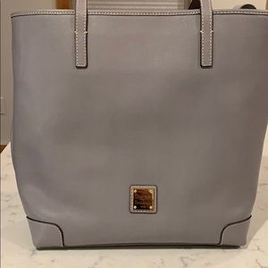 Dooney & Bourke every day tote